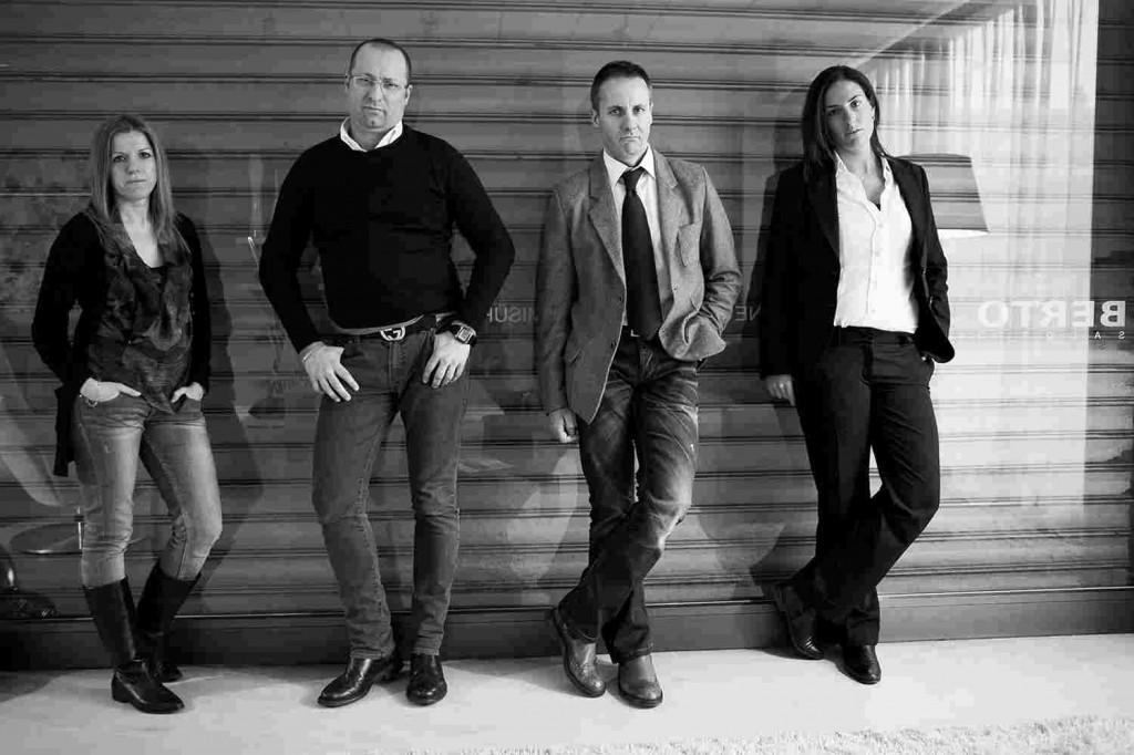 Emilia, Maurizio, Carlo, Arianna. Décorateurs d'intérieur BertO
