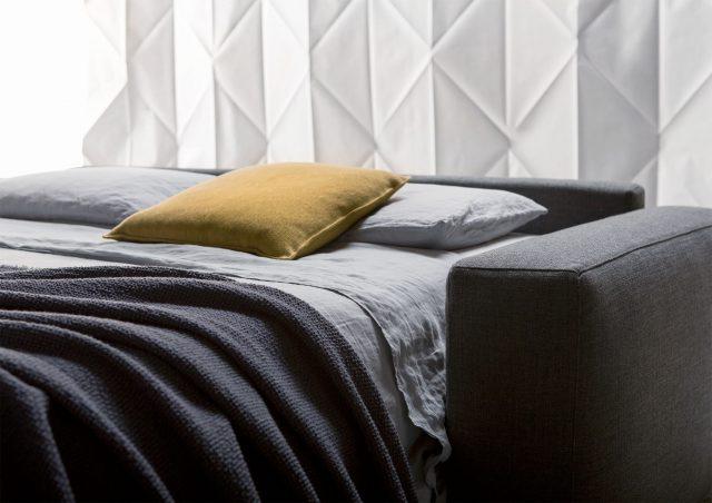 canapé lit passepartout avec matelas memoire de forme berto salotti
