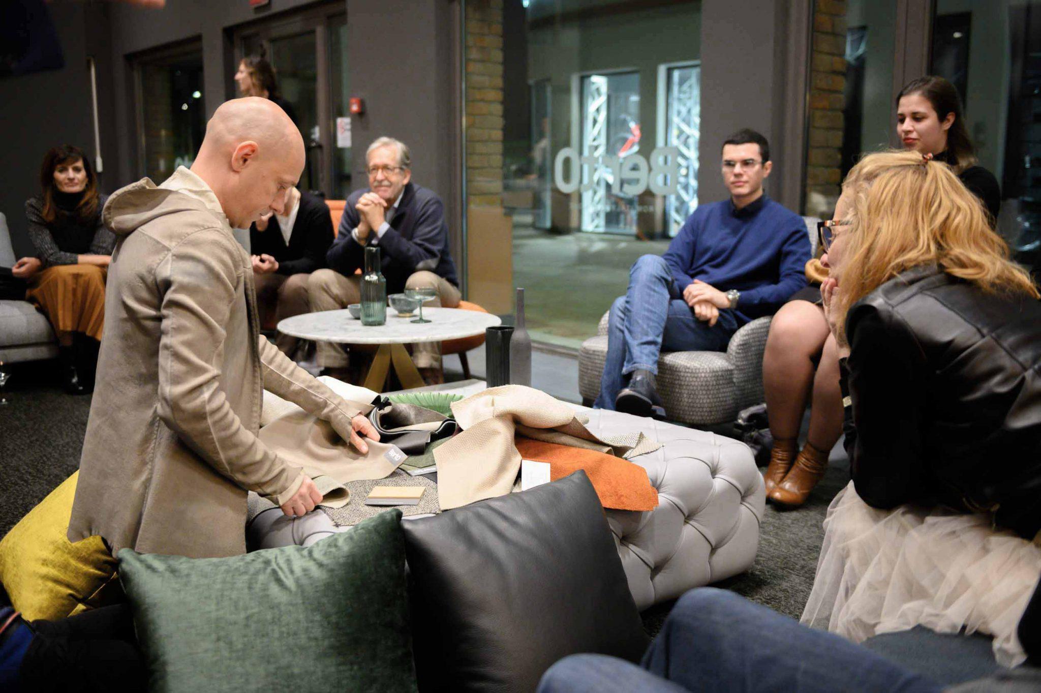 Le Directeur Artistique Alessandro Castello, ont organisé un débat sur la façon dont le design peut améliorer les espaces de la maison
