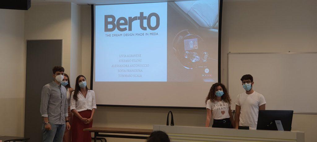 Les étudiants du Master en Strategic Digital Marketing de l'Università Cattolica de Milan travaillent sur le Cas BertO